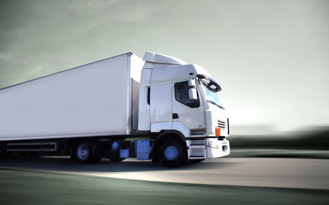 trailer_blanco-1280x800